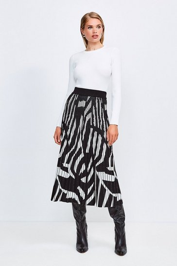 Blackwhite Abstract Jacquard Pleated Midi Skirt