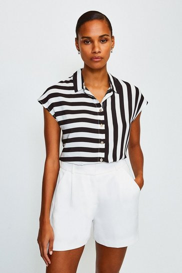 Printed Stripe Sleeveless Shirt