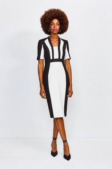 Mono Colour Block Sleeved Envelope Dress