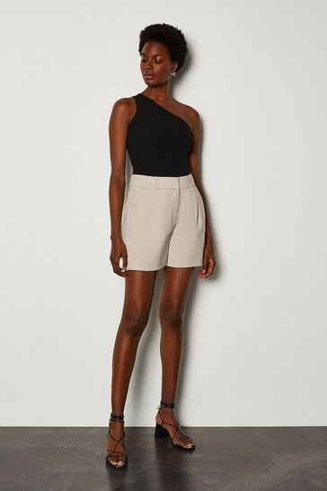 Natural Relaxed Tuxedo Short