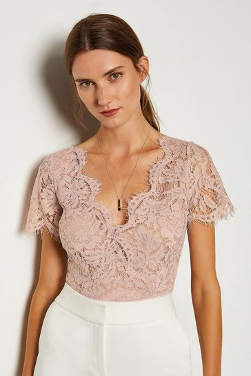 Blush Short Sleeved Scallop Neck Body