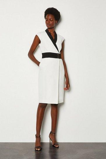Mono Collar Wrap Contrast Popper Dress