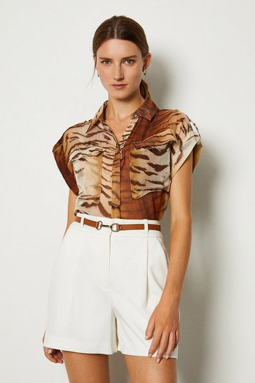Animal Silk Double Pocket Print Sleeveless Shirt