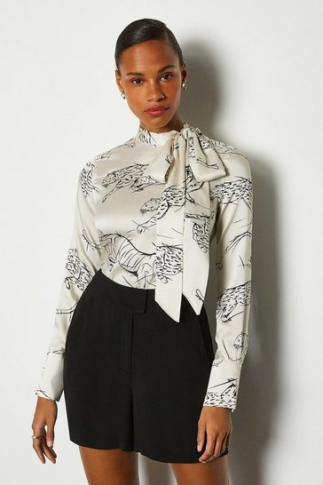 Ivory Leaping Tiger Long Sleeve Button Through Blouse