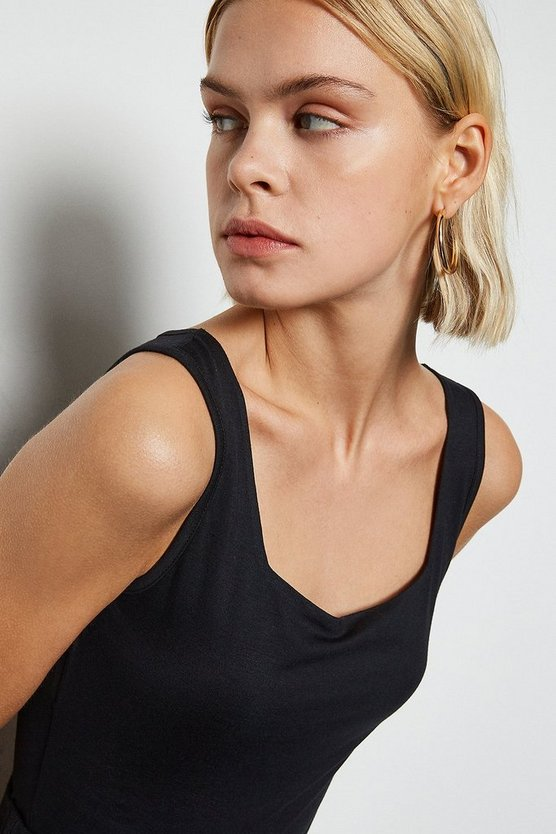 Black Square Neck Sleeveless Body
