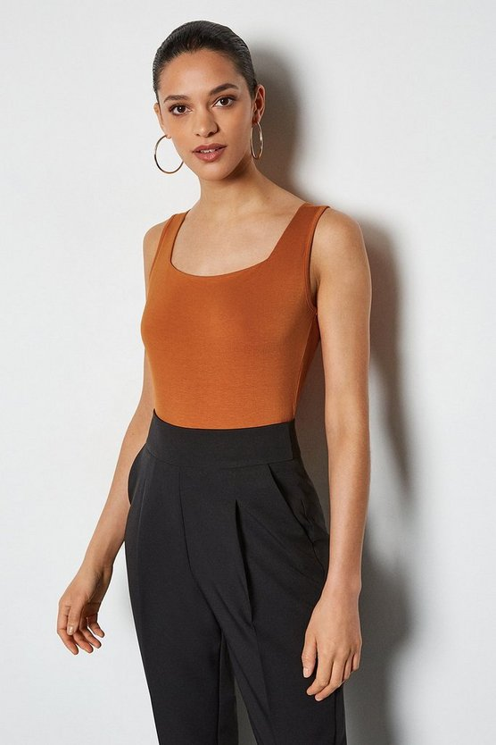 Rust Square Neck Sleeveless Body