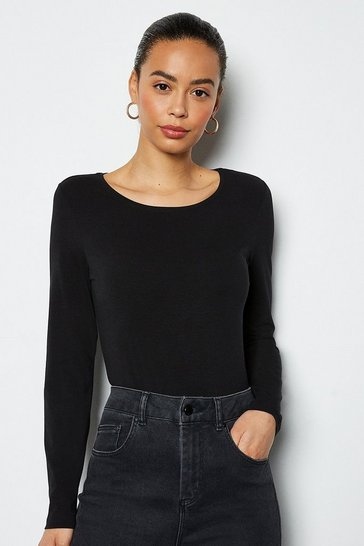 Black Essential Long Sleeve Tee