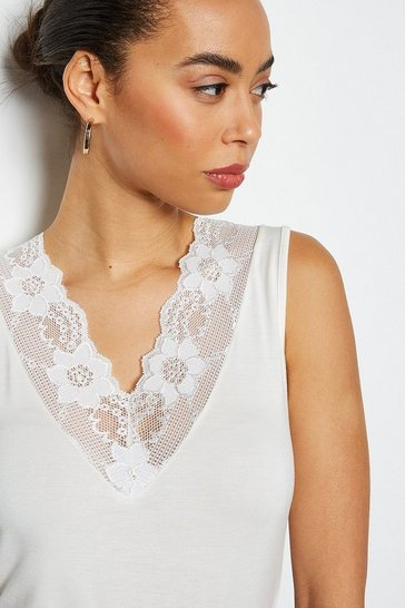 Ivory Essential Lace Trim Vest