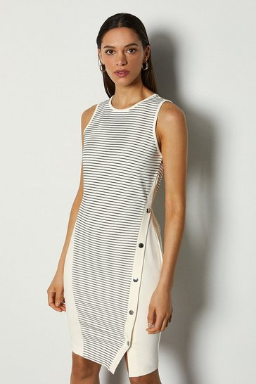 White Popper Sleeveless Dress
