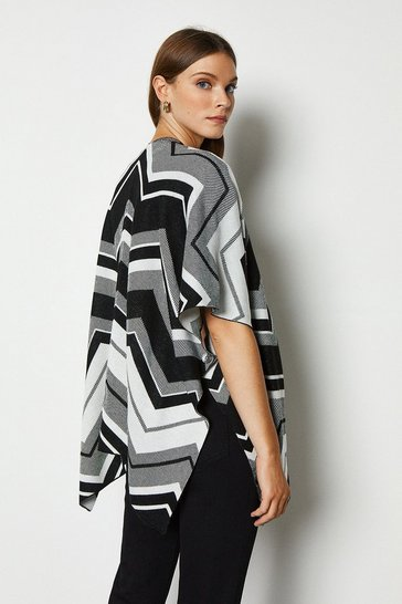 Blackwhite Ultimate Knit Cape
