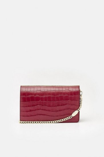 Berry Metal Bar Shoulder Bag