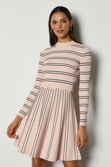Pink Feminine Stripe Scallop Knit Dress