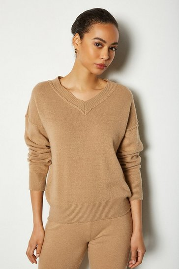 Womens Camel Essential Cashmere Blend V Neck Jumper