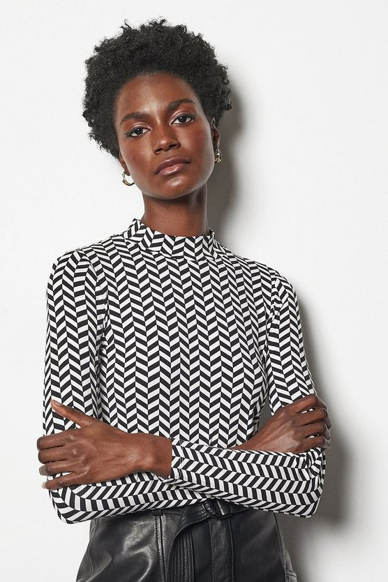 Blackwhite Herringbone Print Jersey Top
