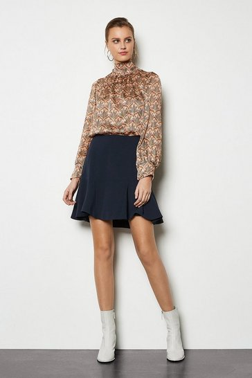 Navy Gio Cute Flippy Short Skirt