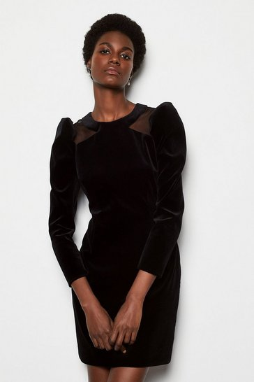 Womens Black Dramatic Shoulder Velvet Dress