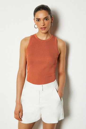 Rust Crew Neck Sleeveless Rib Knit Vest