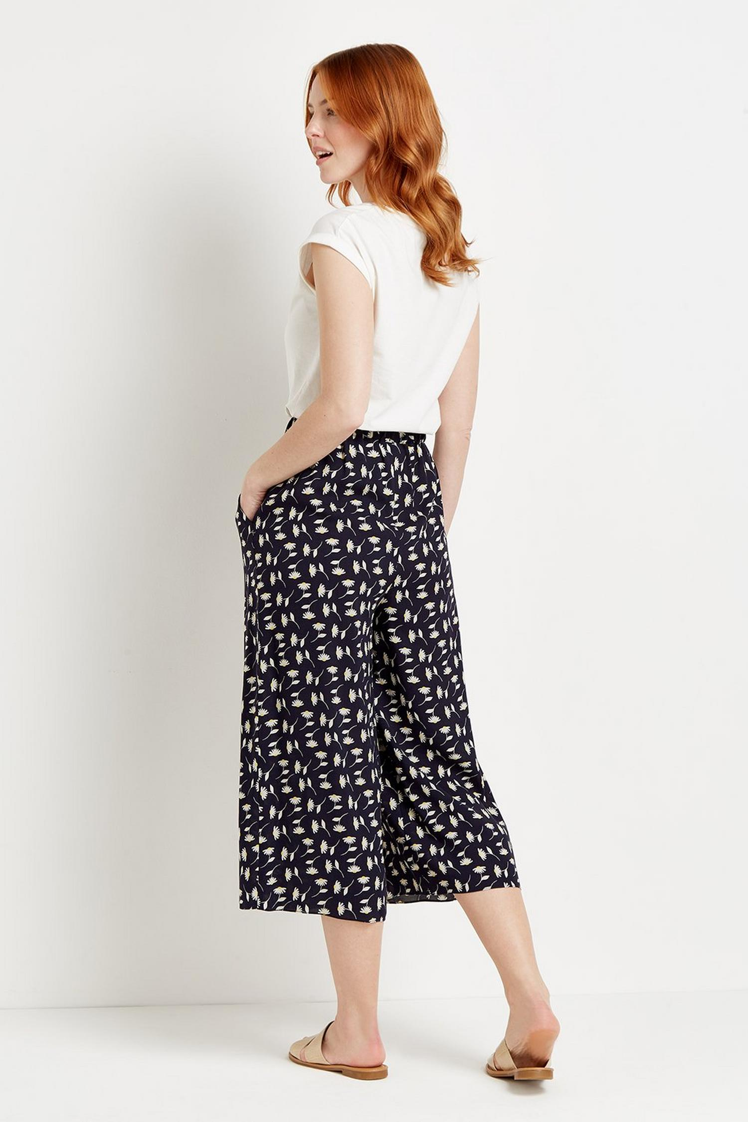148 Navy Daisy Crop Wide Pull On Trouser  image number 3