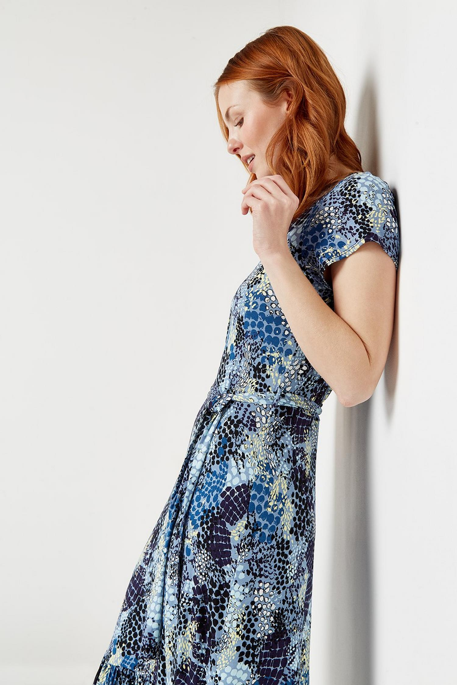 106 Blue Snake Print Tiered Jersey Midi Dress  image number 4