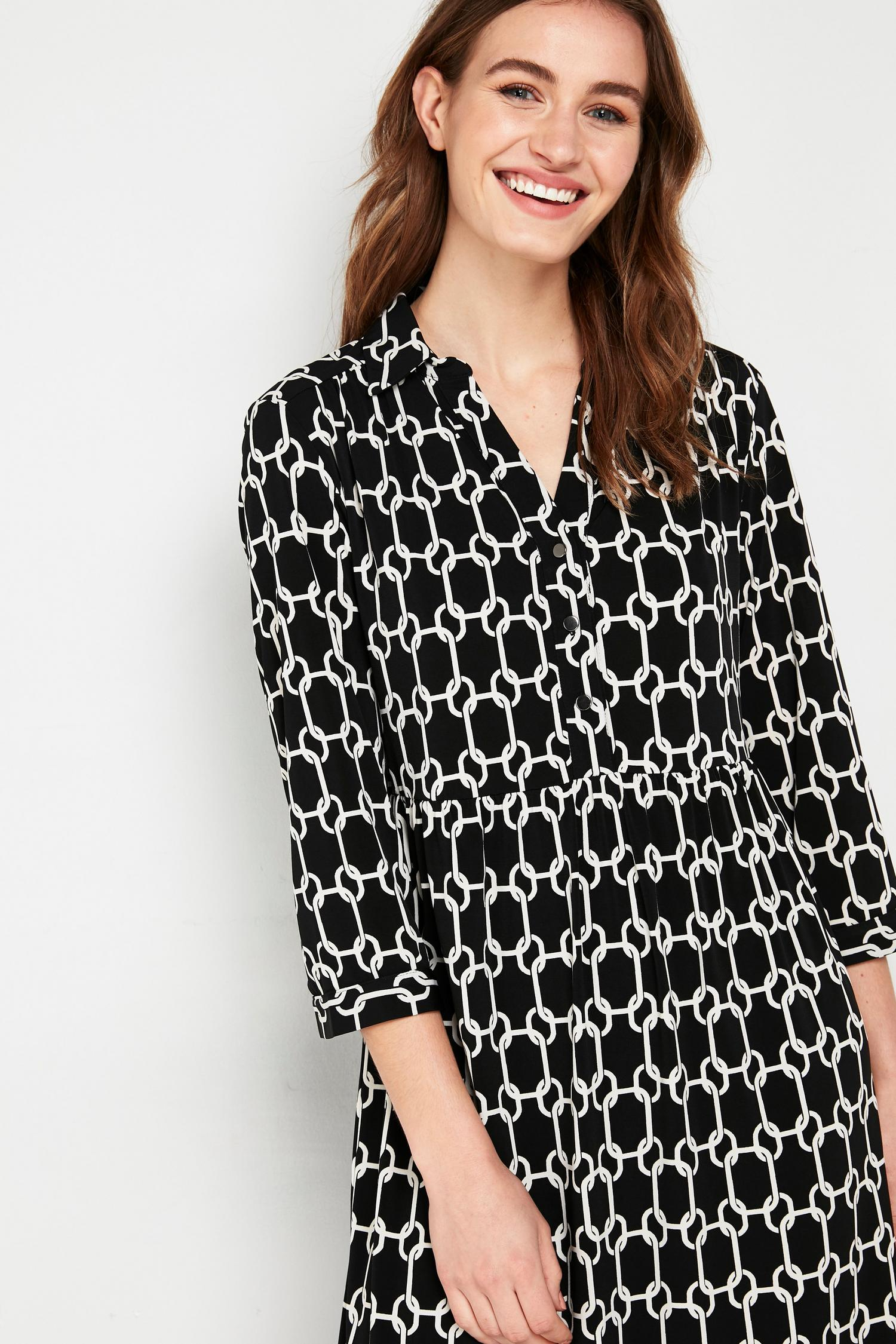585 Monochrome Chain Print Shirt Dress image number 3