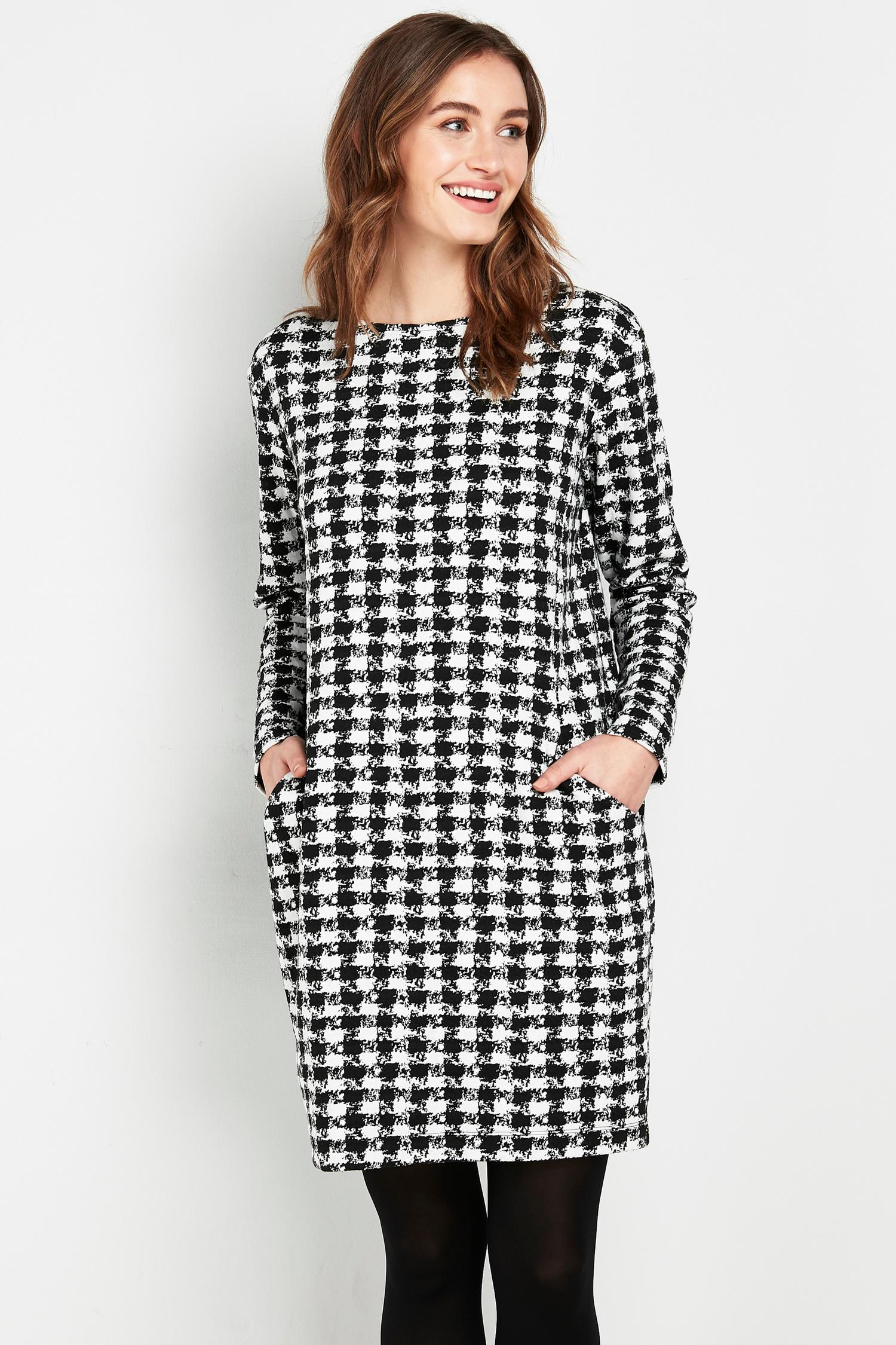105 Monochrome Dogtooth Print Dress image number 3