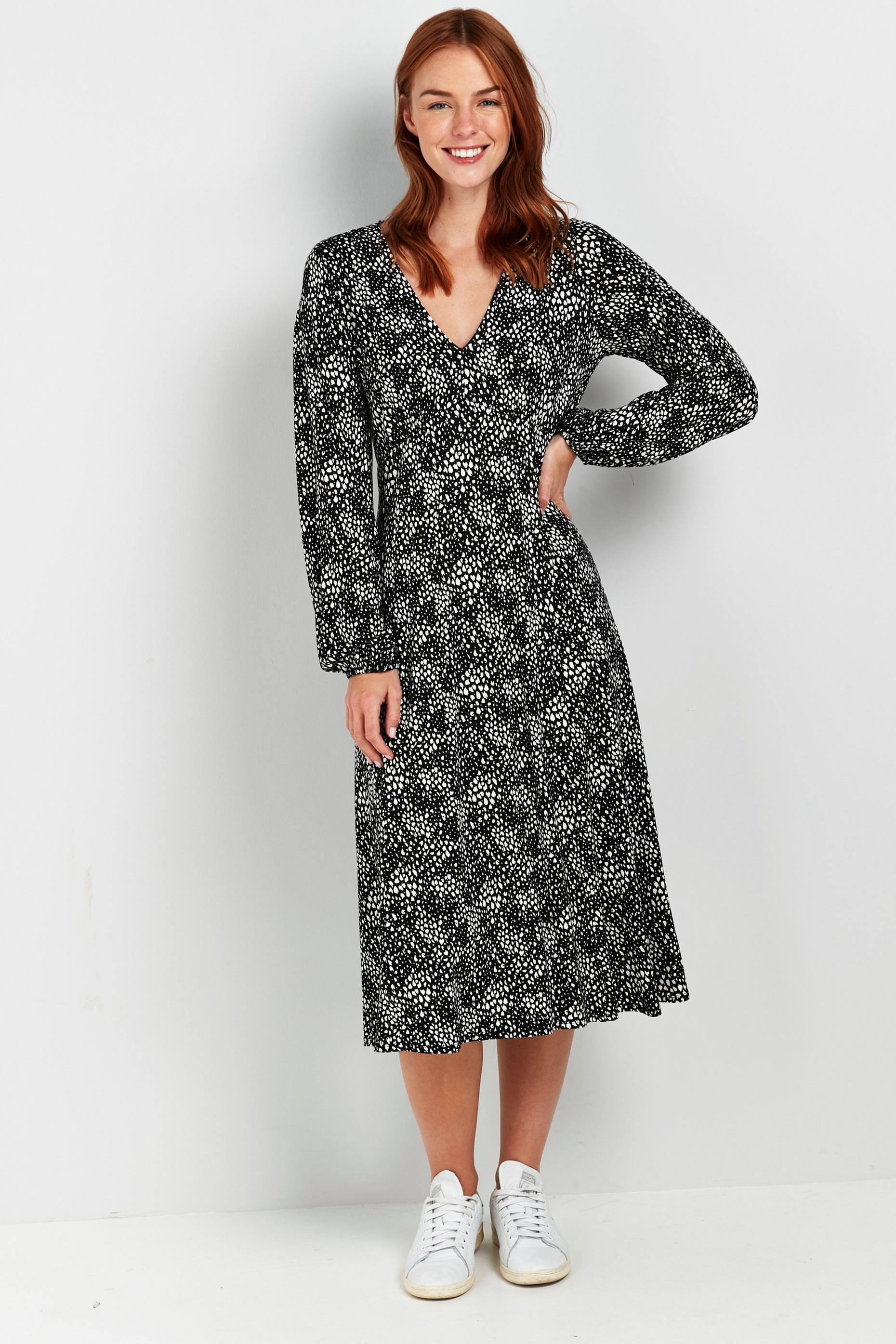 Monochrome Printed Puff Sleeve Midi Dress