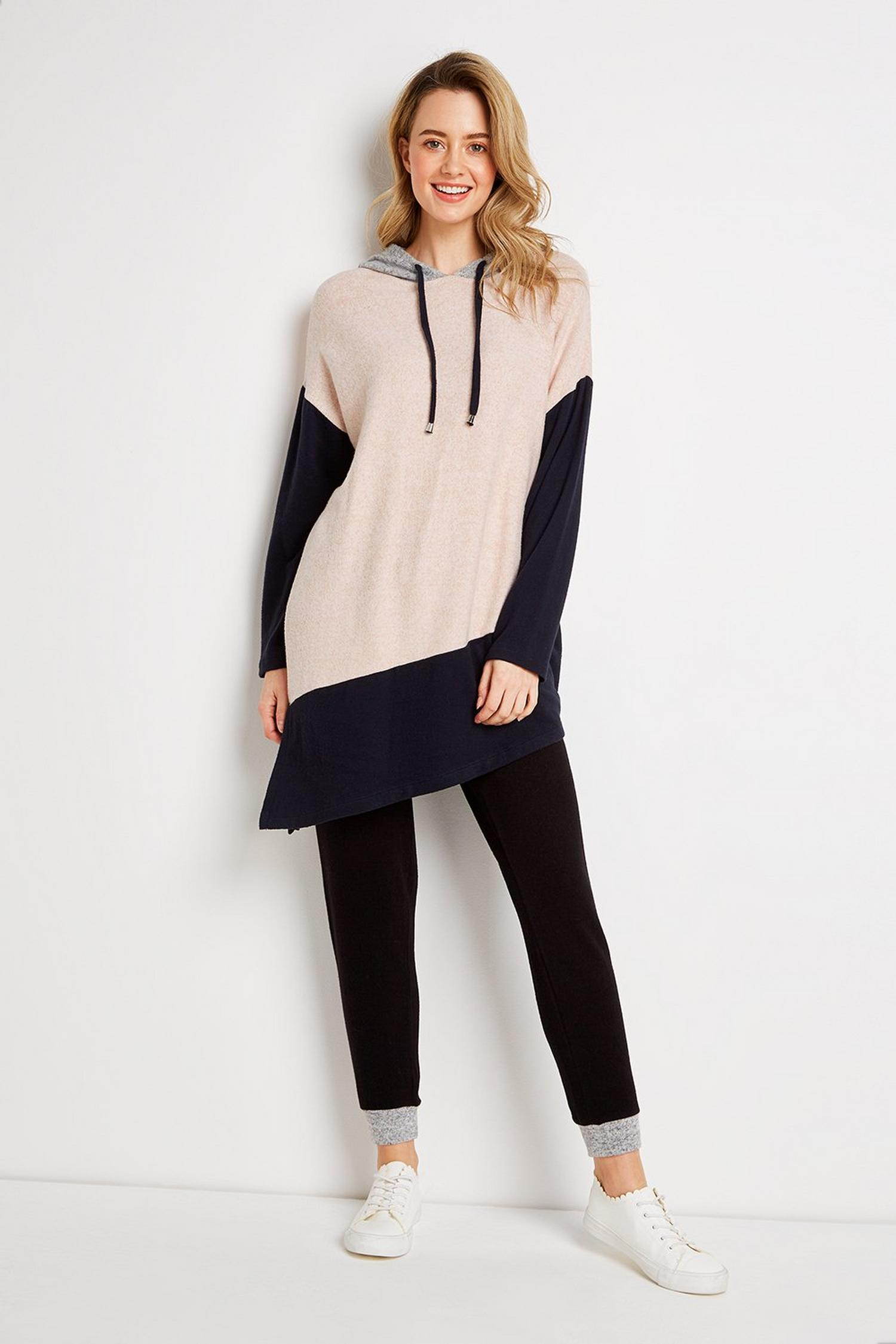155 Pale Pink Colourblock Asymmetric Hoodie image number 4