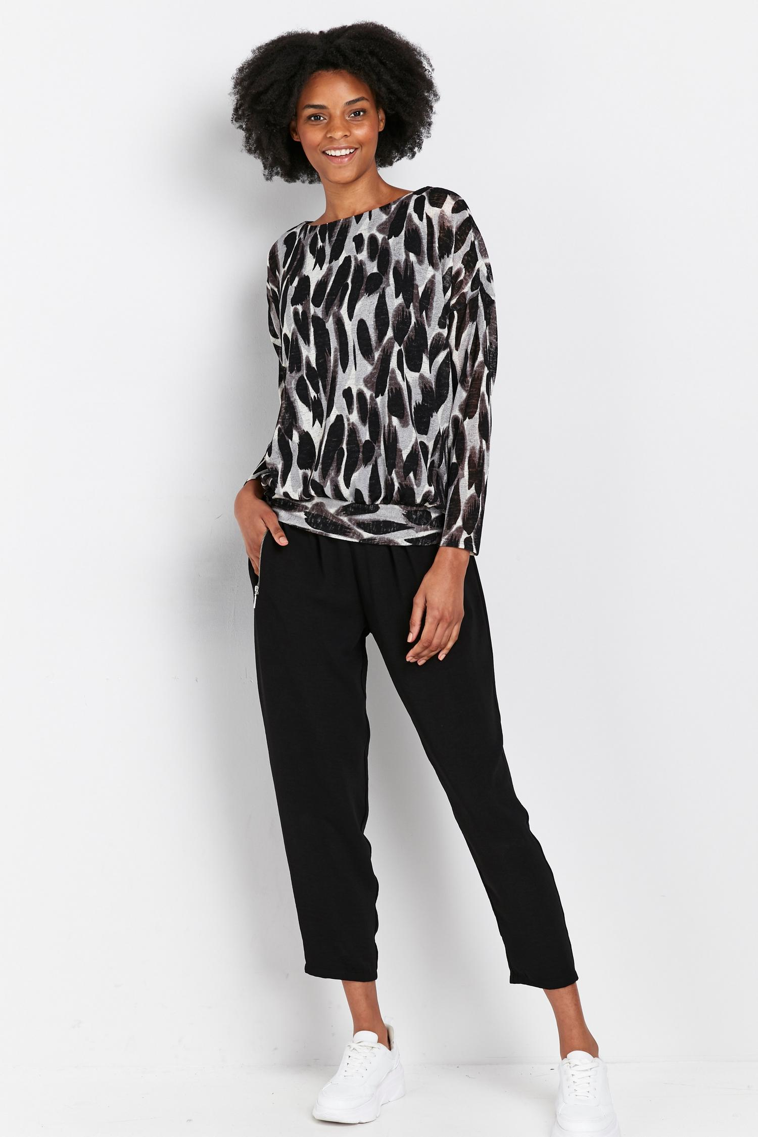 105 Black Animal Print Batwing Top image number 1