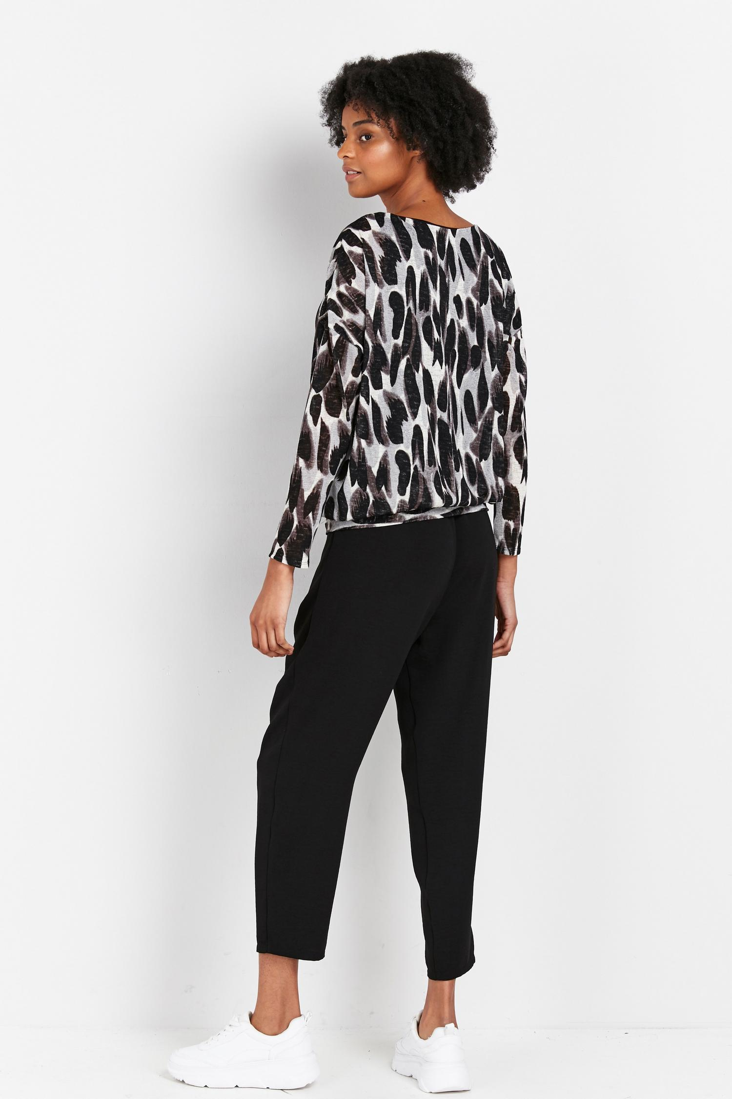 105 Black Animal Print Batwing Top image number 2