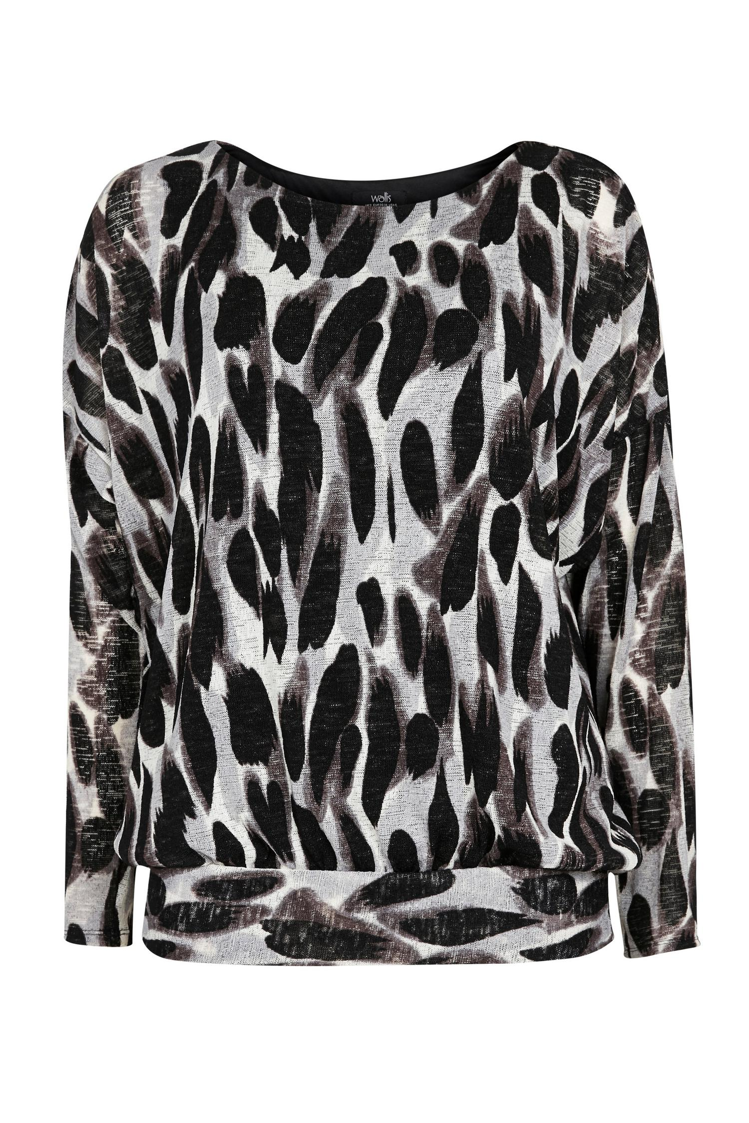 105 Black Animal Print Batwing Top image number 4
