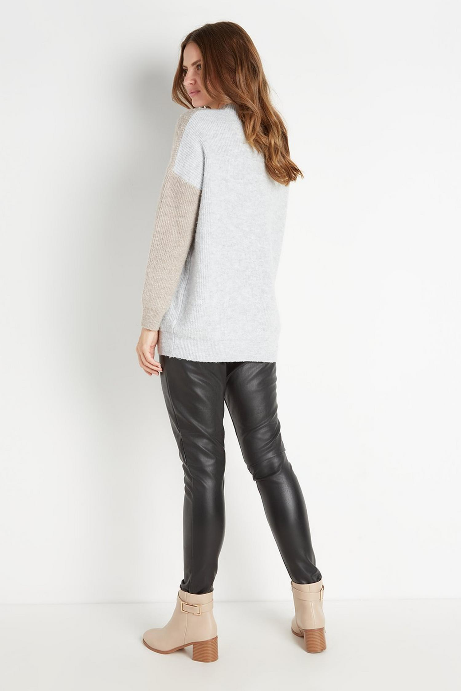 105 Black Faux-Leather Legging image number 2