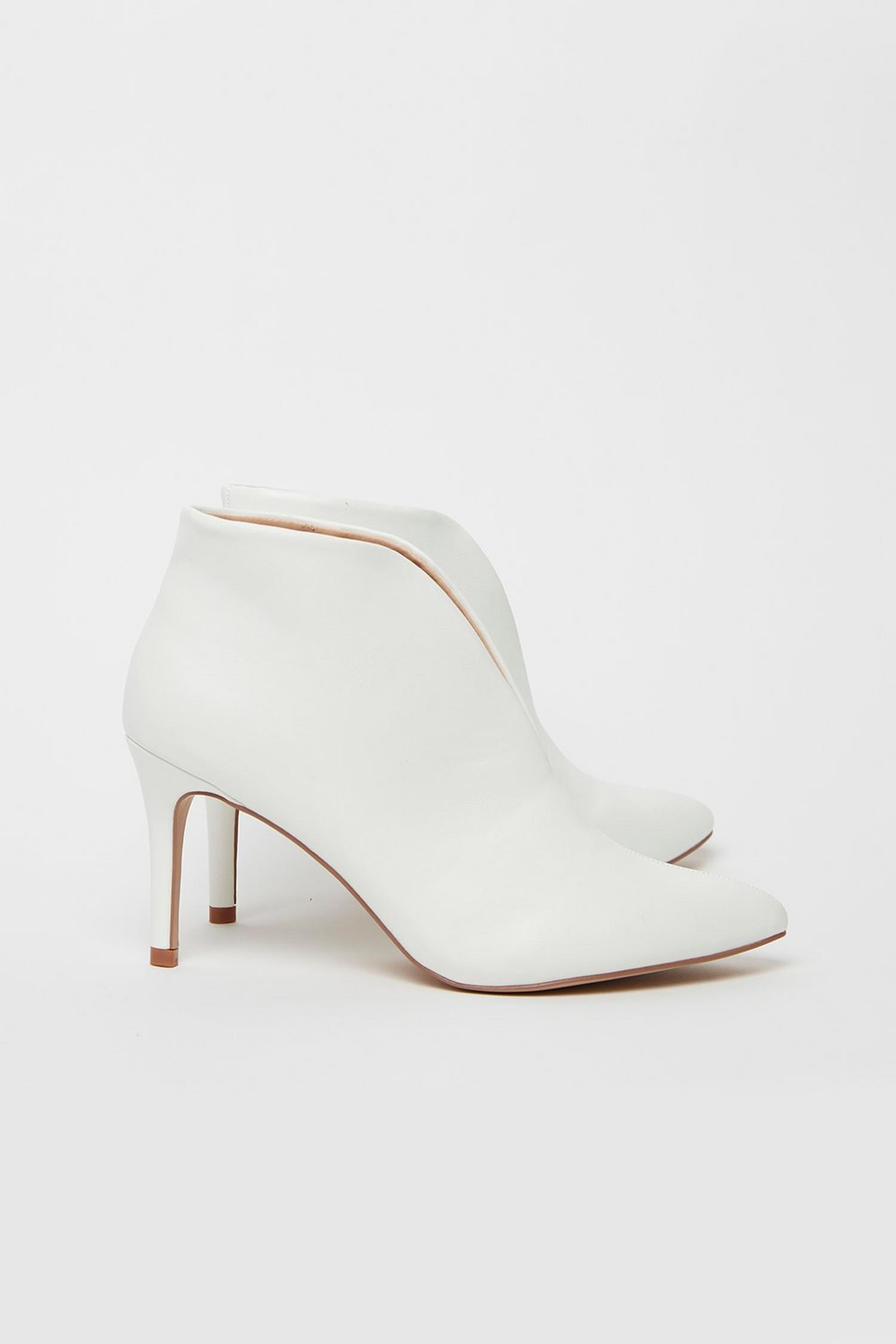 173 White High Heel Shoe Boot image number 2