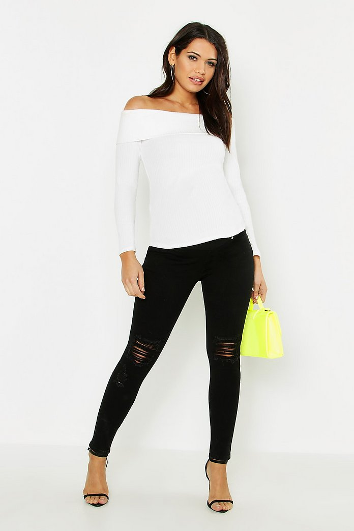 Maternity 5 Pocket Ripped Over The Bump Jean | Boohoo UK