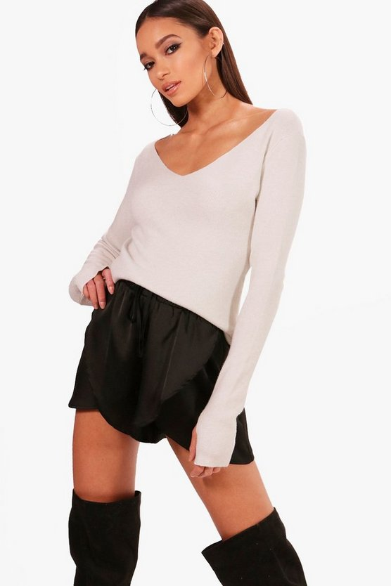 Sarah V Neck Soft Knit Thumbhole Jumper