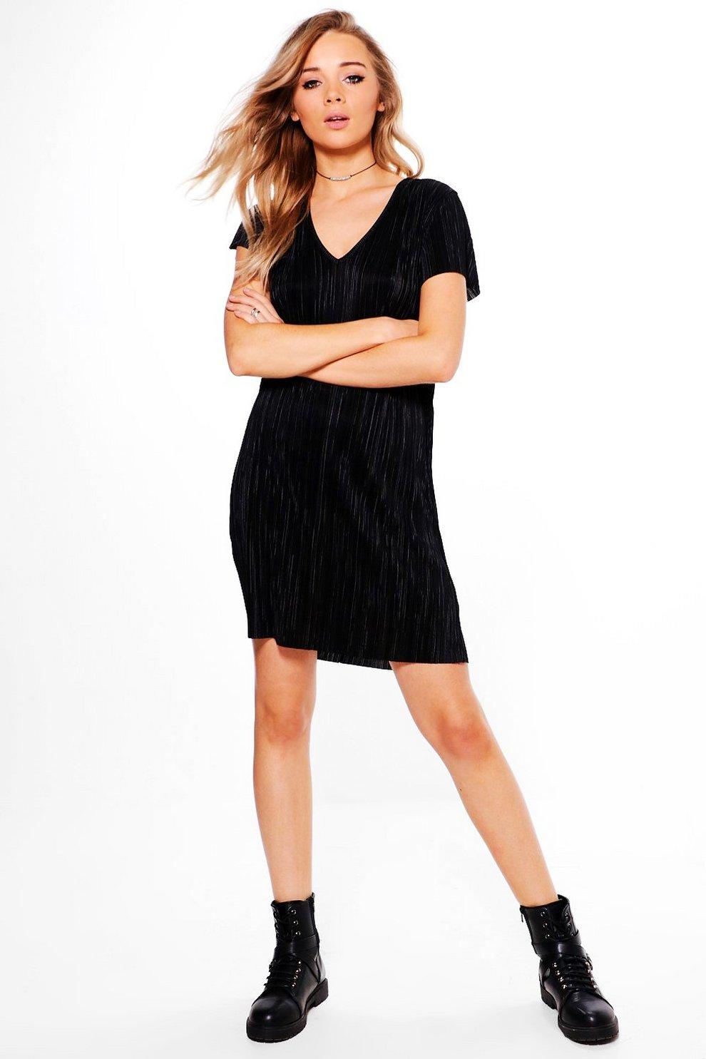 f983e31e57825 una robe droite manches courtes à col en v | Boohoo