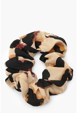 Natural Leopardmönstrad scrunchie i satin