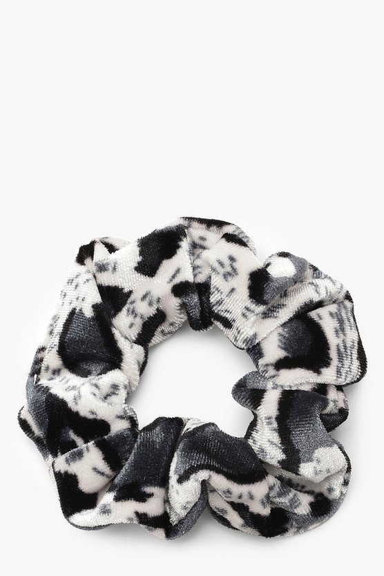 Womens Black Simple Leopard Print Scrunchie
