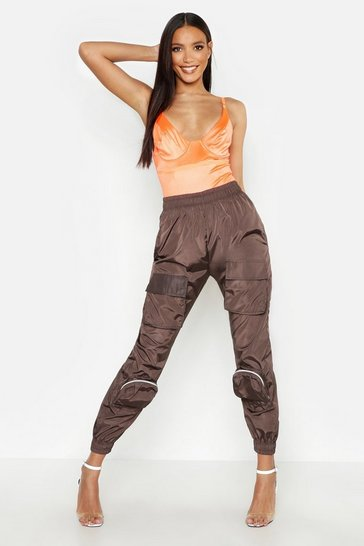 Womens Chocolate Cargo Pocket Shell Jogger