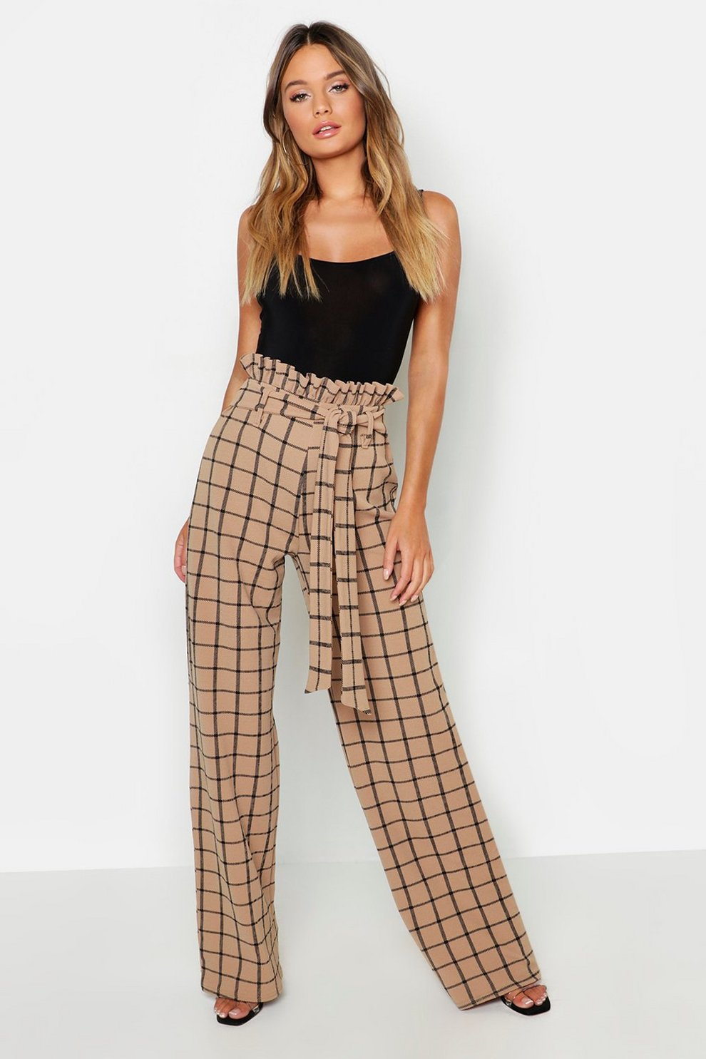 ac25f5520f4c Paperbag Waist Checked Wide Leg Trouser | Boohoo