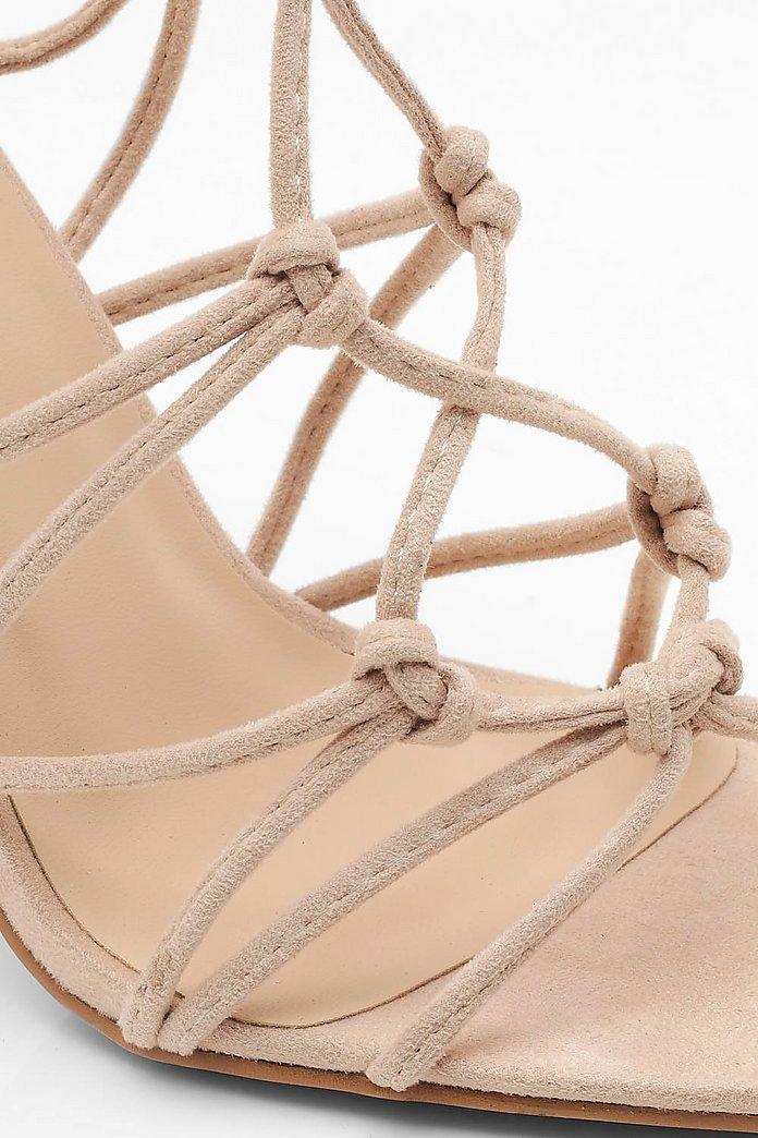 Sandales à talons plats devant effet cage | boohoo
