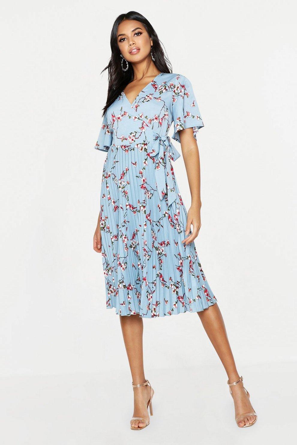 0fa6e344485e Floral Print Pleated Midi Skater Dress | Boohoo