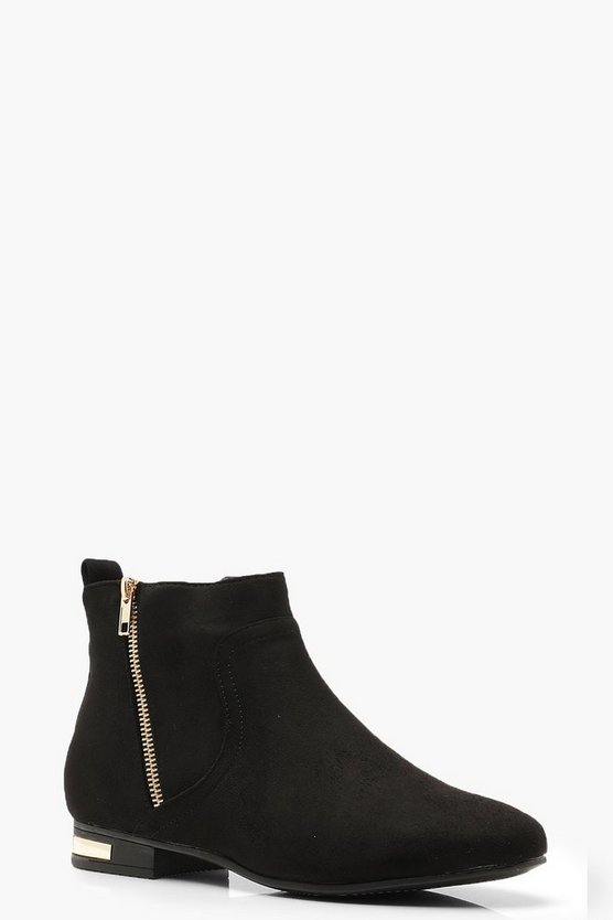 Metal Trim & Zip Chelsea Boots