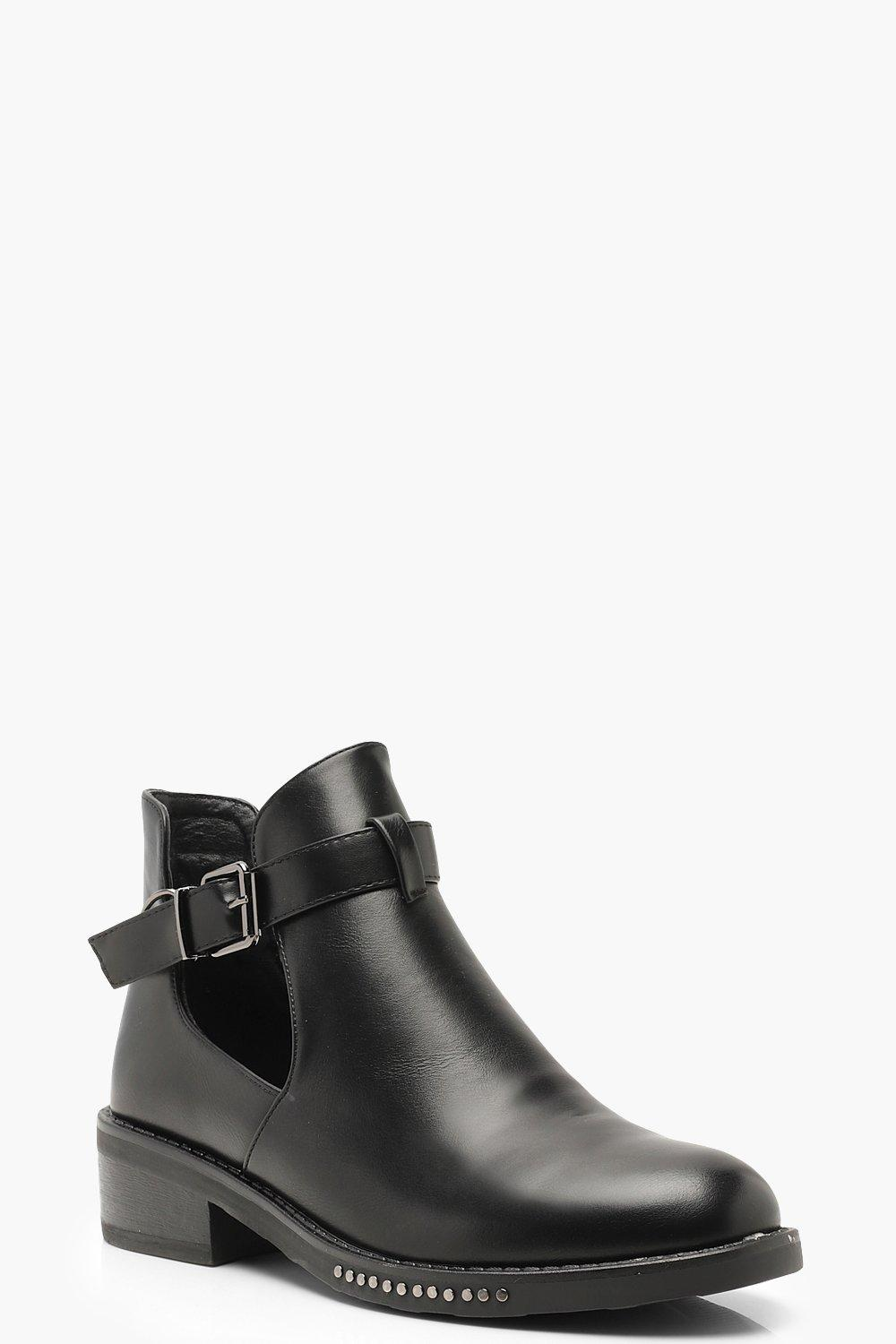 competitive price 8aac7 69518 Chelsea-Stiefel mit verzierter Kette | Boohoo
