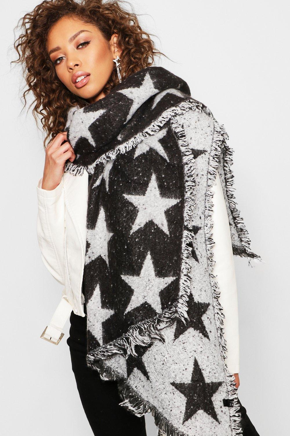 Oversized Star Print Woven Scarf