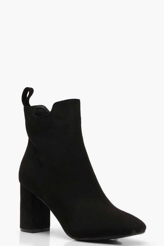 Block Heel Pull On Chelsea Boots