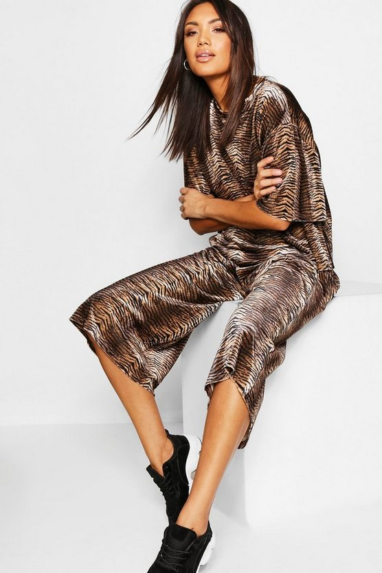 Brown Snake Print Velour T-Shirt + Wide Leg Pants