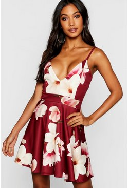 Womens Berry Floral Print Plunge Neck Skater Dress