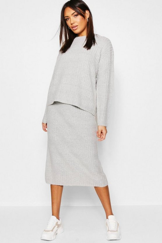 2 Piece Knitted Set With Midi Length Skirt And Rib Sweater