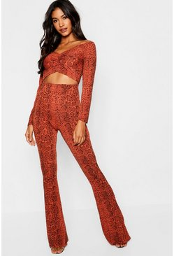 Womens Rust Knitted Snake Twist Front Crop Pants Set
