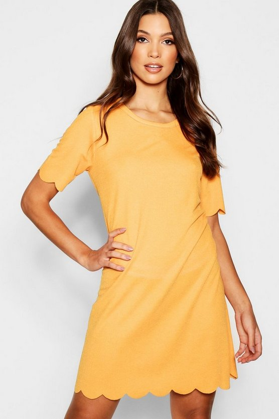 Scallop Detail Shift Dress